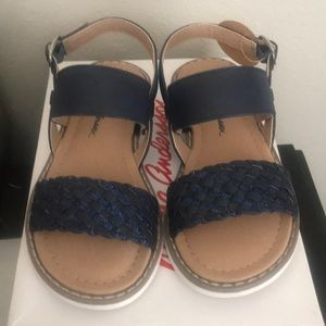 Hanna Andersson Little fit Sandals